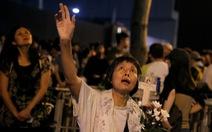 Dân Hong Kong thức suốt đêm ngoài đường chờ biểu tình