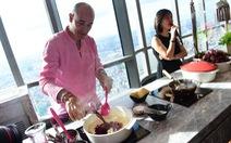 Đầu bếp lừng danh David Rocco: Tôi thích nhiều món ăn đường phố VN