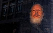 Chính quyền Anh chấp thuận cho dẫn độ ông trùm WikiLeaks sang Mỹ