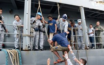 Trung Quốc nói tàu cá nước này bị '7-8 tàu Philippines bao vây'