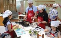 Cả nhà vào bếp mừng Ngày gia đình Việt Nam