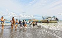 Phản bác Trung Quốc, Philippines khẳng định tàu Việt Nam cứu ngư dân