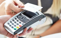 'Ngày không tiền mặt': Đừng vội mua sắm nếu chưa biết những ưu đãi khủng này
