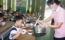Thức ăn cho bếp ăn trường học phải đạt chuẩn VietGap, Global Gap