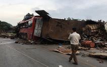 Vụ xe khách nát bét sau va chạm: xe tải biển số Lào không có dữ liệu tốc độ