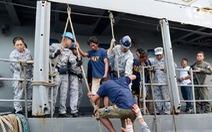 Gay cấn nhiều giờ cứu 22 ngư dân Philipines qua lời kể thuyền trưởng Việt Nam