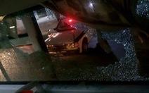 Xe khách chạy qua Thanh Hóa bị ném gạch đá trong đêm