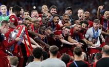 CĐV Liverpool 'sướng' vì đội nhà xóa được cái dớp thất bại để đăng quang
