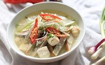 Vì sao bánh canh chả cá Nha Trang 'ngon nức nở'?