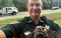CNN: 'Cảnh sát Florida đã bắt một cư dân di chuyển chậm'