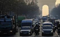 Nắng nóng quá, Pháp cấm xe hơi cũ chạy trên đường