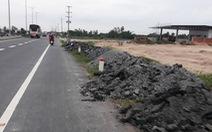 Mới thông xe hơn một tháng, đường cầu Vàm Cống đã chi chít lỗ đục vá