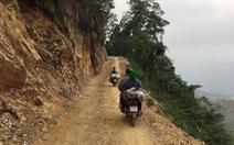 'Chợ phiên' của một gia đình chênh vênh trên núi cao, rừng sâu
