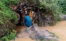 Hơn 100 người giải cứu người đàn ông kẹt gần 1 tuần trong hang đá