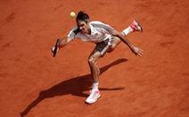 Federer lực bất tòng tâm trước Nadal