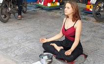 Bali trục xuất du khách nước ngoài ngửa nón xin tiền