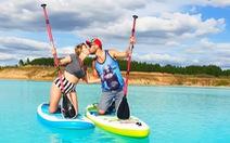 'Nổi da gà' khi dân Nga đổ đến hồ nước xanh y chang Tuyệt tình cốc Đà Lạt