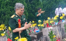 Ngàn đóa hoa tưởng nhớ liệt sĩ hi sinh ở mặt trận Vị Xuyên