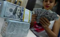 Giá USD tự do thấp hơn USD ngân hàng