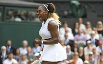 Chỉ cần 59 phút, Serena Williams hạ 'đo ván' Strycova để đi vào lịch sử Grand Slam
