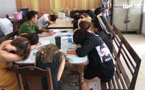 32 thanh niên dương tính với ma túy trong quán karaoke