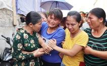 Nước mắt trùng phùng người phụ nữ bị bán sang Trung Quốc 24 năm
