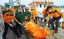 Lấy mẫu ADN nhận dạng thi thể ngư dân tàu cá bị đâm chìm