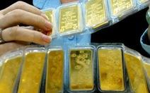 Vượt ngưỡng 40 triệu đồng/lượng, giá vàng SJC ngang vàng thế giới