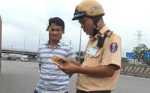 Cảnh sát giao thông TP.HCM tung quân khu vực gần quán nhậu, vũ trường