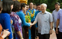 Tổng bí thư, Chủ tịch nước Nguyễn Phú Trọng gặp gỡ 100 cán bộ công đoàn tiêu biểu