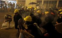 Báo Trung Quốc giận dữ vì người biểu tình tấn công văn phòng đại diện Bắc Kinh ở Hong Kong
