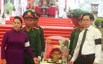 Chủ tịch Quốc hội dự lễ truy điệu và an táng hài cốt liệt sĩ tại Tây Ninh