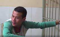 Video: Vừa giật túi xách, 'đụng' phải cảnh sát hình sự