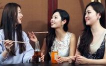 Chuyện tình Hàn đẫm nước mắt nhưng phụ nữ Hàn chẳng thích lấy chồng