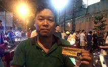 Vé giả khiến nhiều CĐV không thể vào sân Thống Nhất xem trận TP.HCM - Hà Nội