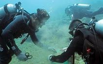 Rác biển Nha Trang, một người gom, ngàn người xả