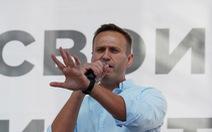 Đang ở tù, lãnh đạo phe đối lập ở Nga nhập viện, nghi bị đầu độc