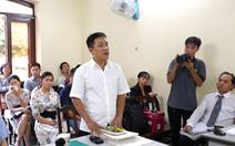 Ông Lê Linh nhập viện, phiên tòa 'Thần đồng đất Việt' tạm hoãn