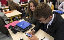 Nhiều nước không ủng hộ học sinh mang smartphone đến trường