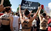 Phụ nữ Pháp biểu tình 'Ngừng giết hại phụ nữ'