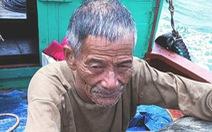 Ông cụ 65 tuổi tắm biển bị sóng cuốn ra biển một ngày đêm vẫn khỏe