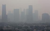 Bị kiện, Jakarta làm mưa nhân tạo để giảm ô nhiễm