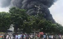 Video: Cháy lớn tại nhà xưởng sản xuất đồ nhựa, phụ tùng xe máy