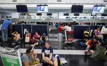 Sân bay Hong Kong tê liệt, Trung Quốc có cớ dùng Vịnh nước lớn
