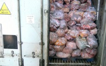 Niêm phong hơn 40 tấn thịt gà, heo không rõ nguồn gốc trong cơ sở giò chả