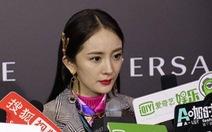 Sau Versace, tới lượt Coach bị Trung Quốc tẩy chay