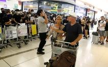'Sân bay quốc tế Hong Kong bị đình trệ nghiêm trọng'