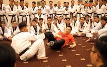 Video thực chiến của chuyên gia võ thuật hàng đầu thế giới tại TP.HCM