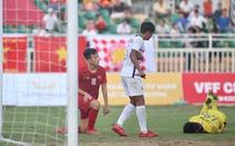Video những lần bỏ lỡ cơ hội của U18 Việt Nam trong trận thua Campuchia
