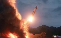 Sau tuyên bố không đàm phán, Triều Tiên lại phóng 2 'vật thể không xác định'